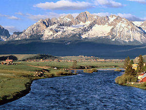 Salmon River and Sawtooth Mountains